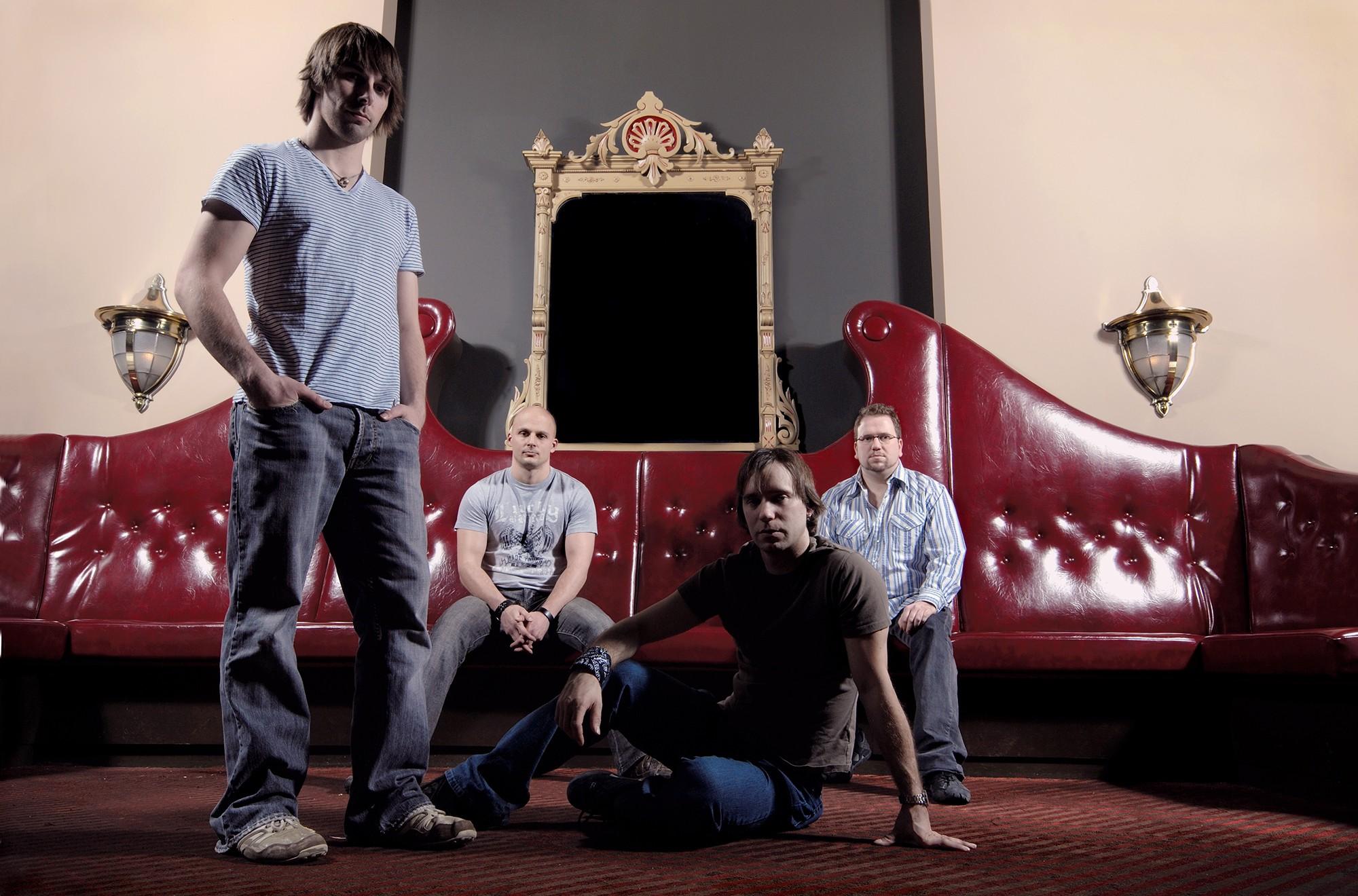 Portrait de groupe de musicien pour l'album de musique rock Mon équilibre / Client: Longue Distance